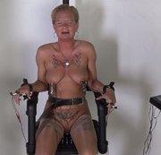 AmateureXtreme feat. Mary the electric chair